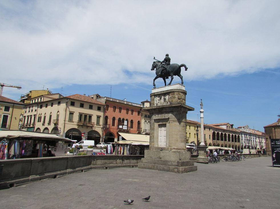 Equestrian statue of Gattamelata in Padua
