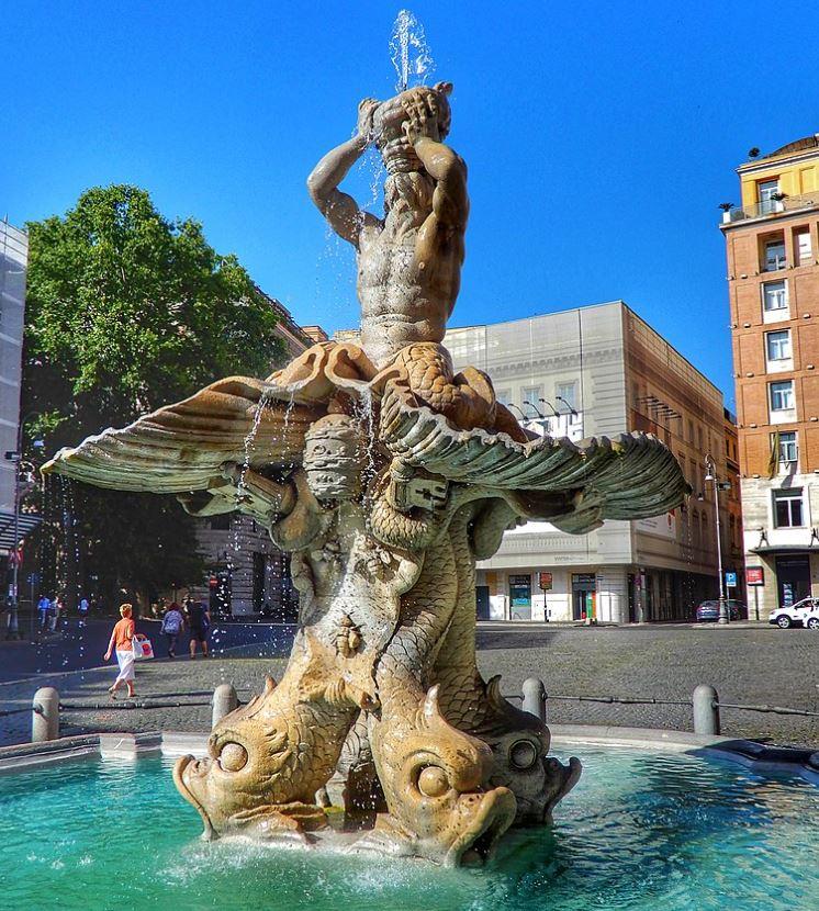 Fontana del tritone bernini